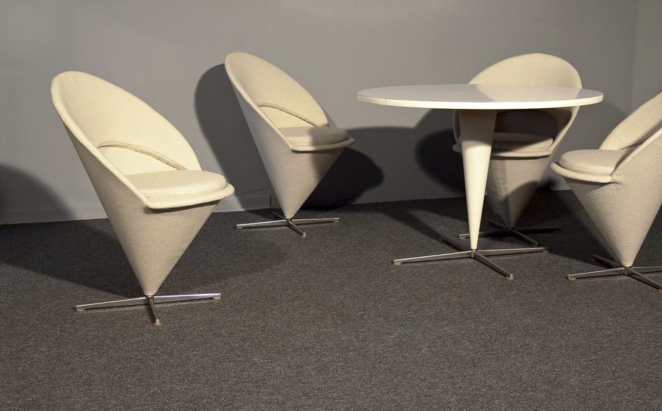 Cone_Chair_Verner_Panton_KVADRAT_Hallingdal_weiß_1958_©_Die_GestaltungsWerkstatt_8