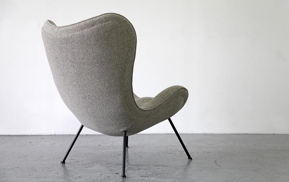 Madame_Lounge_Chair_Sessel_1950_Fritz_Neth_Kvadrat_Cream_Beige_©_Die_GestaltungsWerkstatt_4