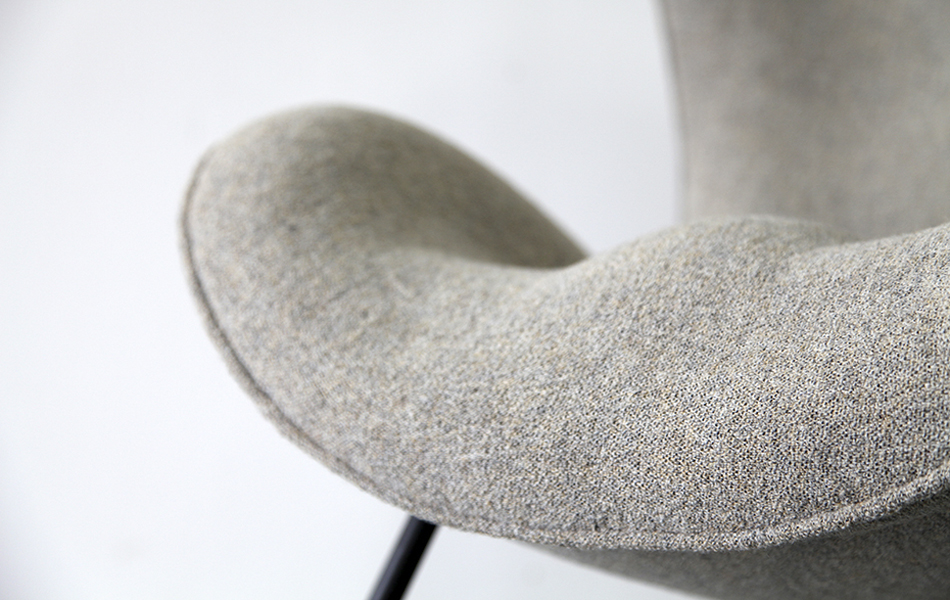Madame_Lounge_Chair_Sessel_1950_Fritz_Neth_Kvadrat_Cream_Beige_©_Die_GestaltungsWerkstatt_6