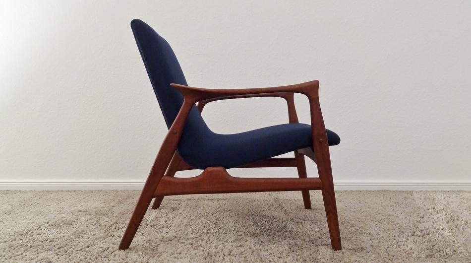 Zwei_Sessel_Two_Easy_Chairs_Model_240_by_Arne_Hovmand-Olsen_for_Mogens_Kold_A:S_1958_KVADRAT_Divina_©_Die_GestaltungsWerkstatt_2
