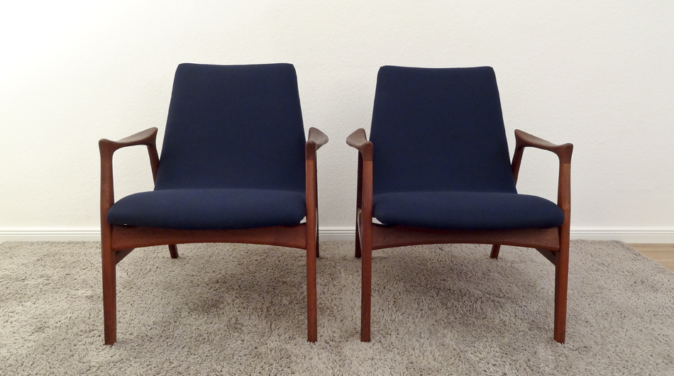 Zwei_Sessel_Two_Easy_Chairs_Model_240_by_Arne_Hovmand-Olsen_for_Mogens_Kold_A:S_1958_KVADRAT_Divina_©_Die_GestaltungsWerkstatt_3