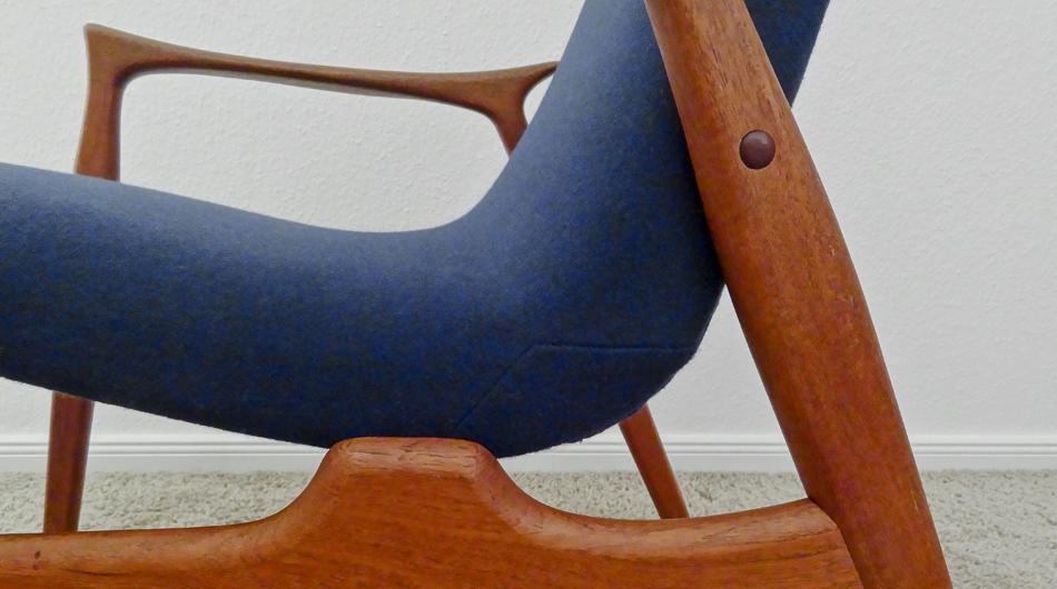 Zwei_Sessel_Two_Easy_Chairs_Model_240_by_Arne_Hovmand-Olsen_for_Mogens_Kold_A:S_1958_KVADRAT_Divina_©_Die_GestaltungsWerkstatt_5